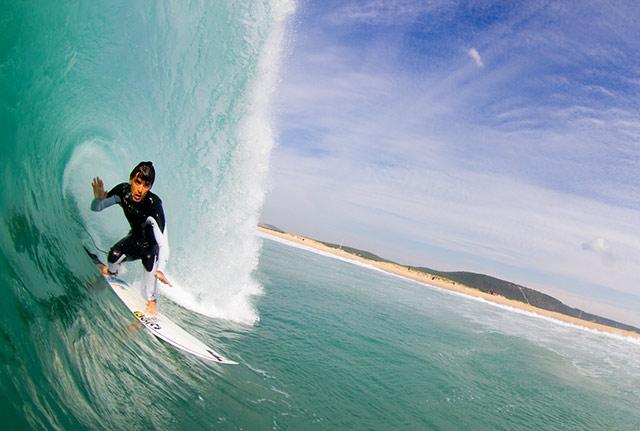 Hodei Collazo ha ganado con autoridad en la categoría Freesurfer peninsular. Foto: Pacotwo