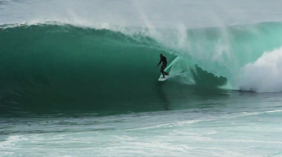 kelly-slater-cave