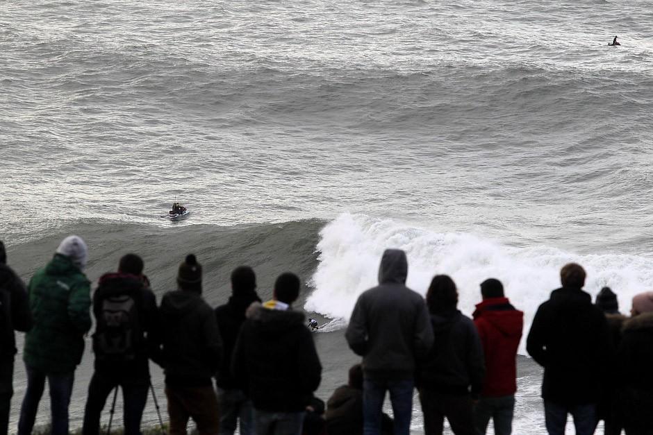 El peruano Gabriel Villarán ha estado muy activo y se ha cogido olas realmente buenas. Foto: Pacotwo