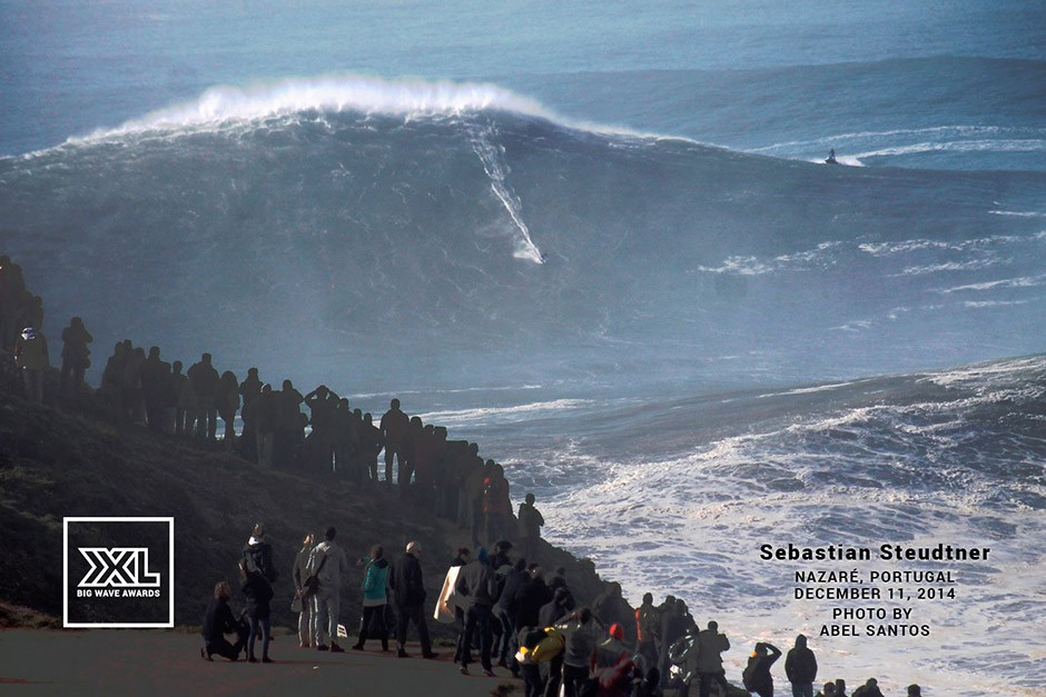 Todos hemos visto por ahí la foto de Benjamin Sanchis que parece haber batido todos los records, pero se dice que la ola más grande fue para el alemán Sebastien Steudner, que ya fue ganador de los XXL en 2010