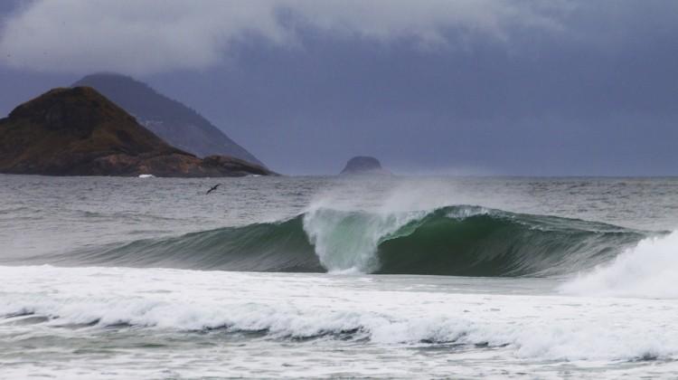 wave8578rio13kirstin