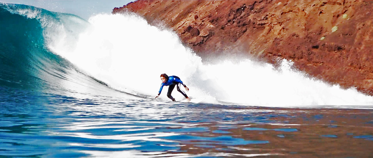 tomas-zarra-surf