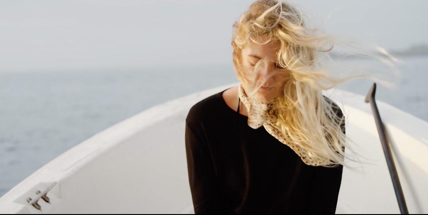 stephanie-gilmore-belleza-serena