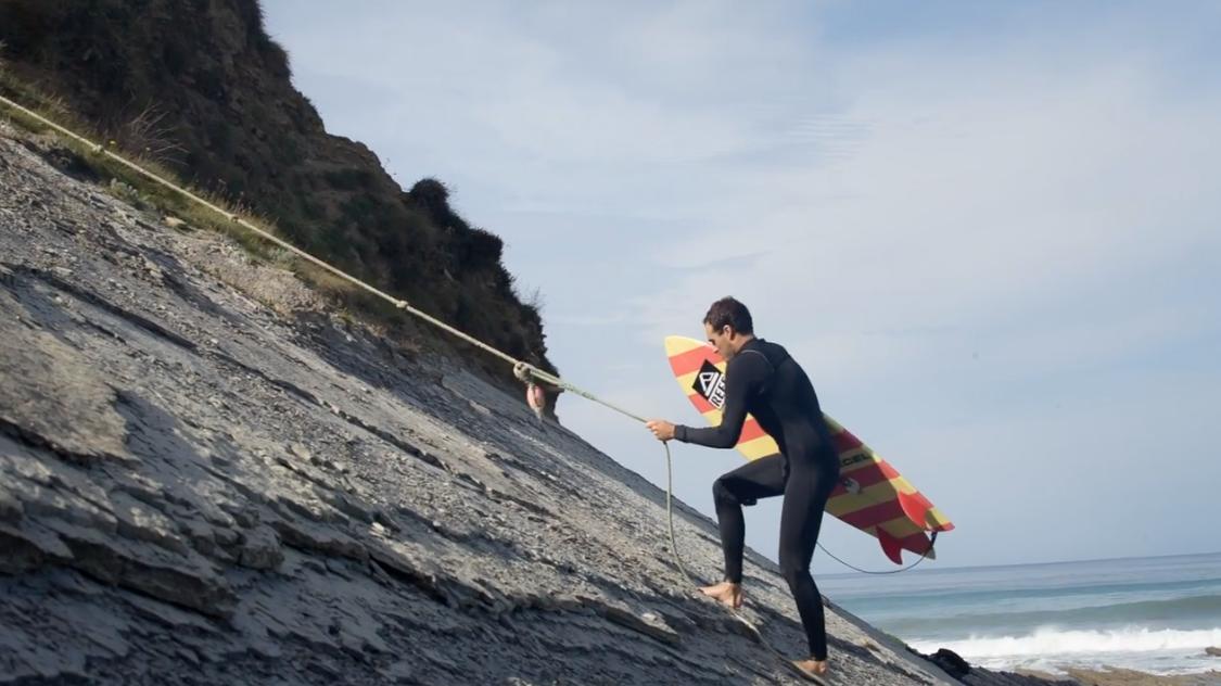 mario-azurza-surf