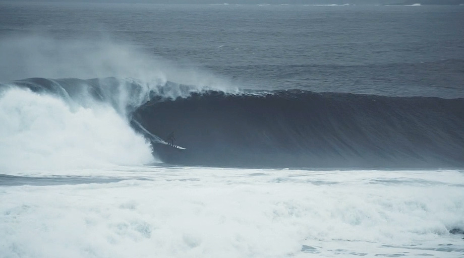noah-lane-ireland-surf