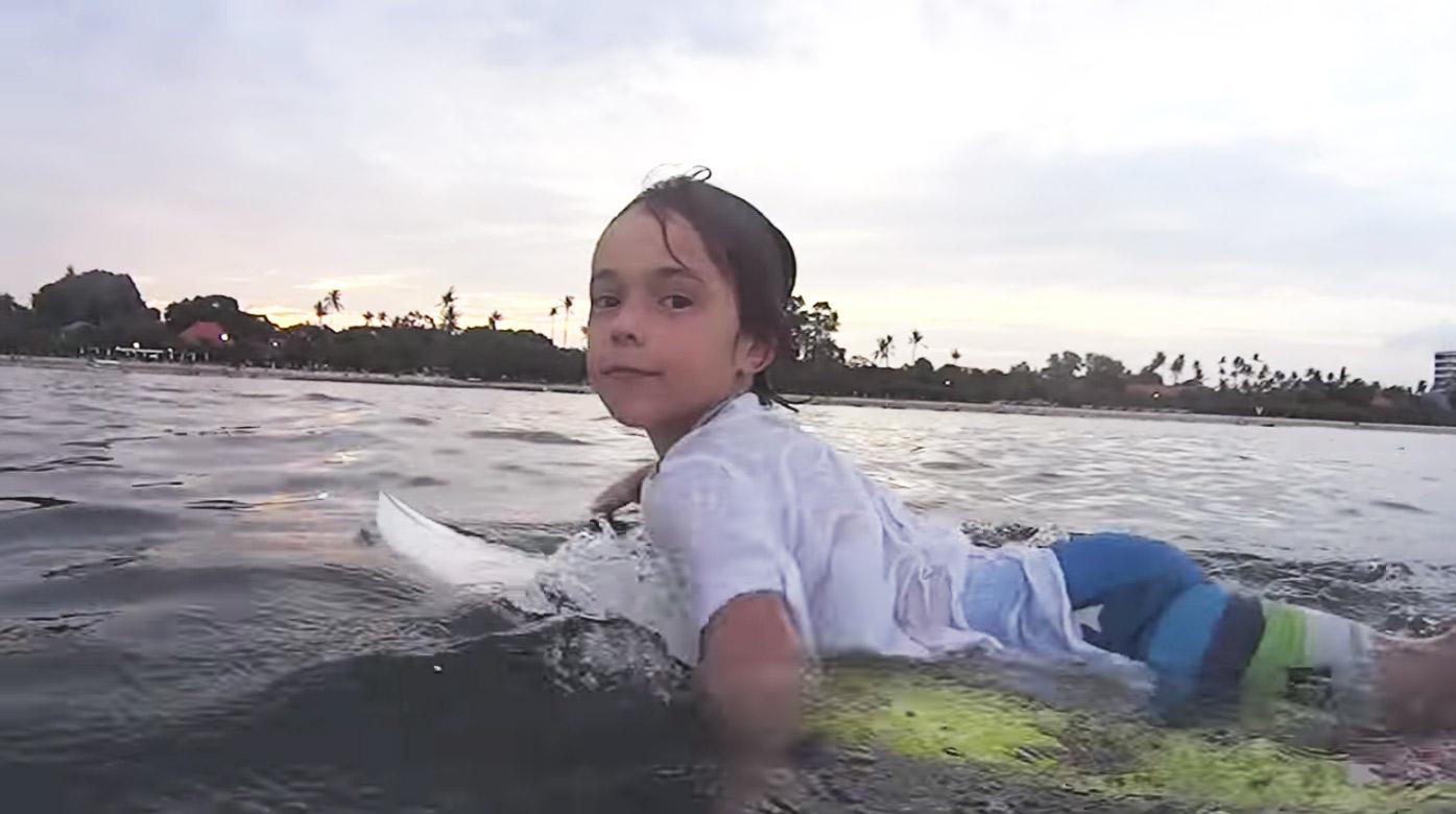 axel-dominguez-surf