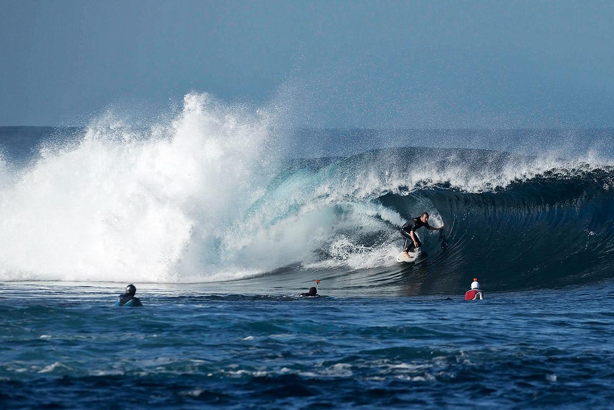 jorge-lopez-goma-surf-lanzarote-quemao