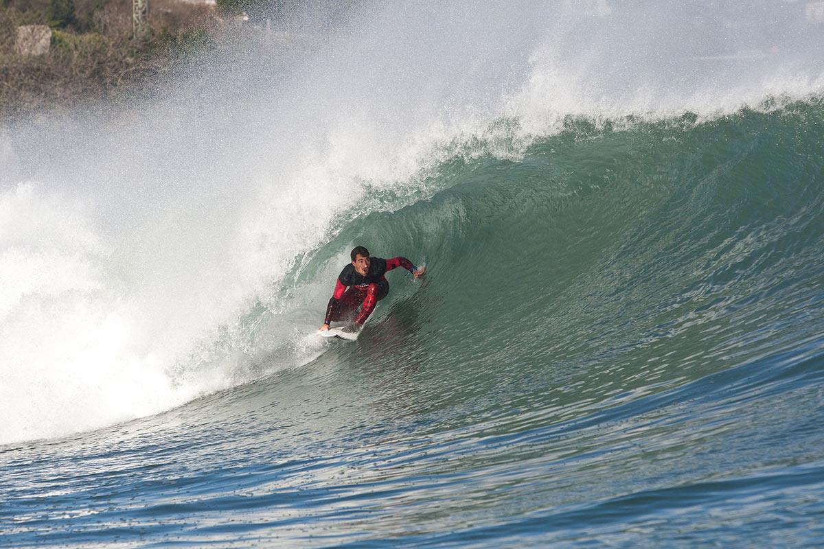 Espa a arrasa a portugal en el red bull rivals de mundaka mar gruesa - Red bull content pool ...