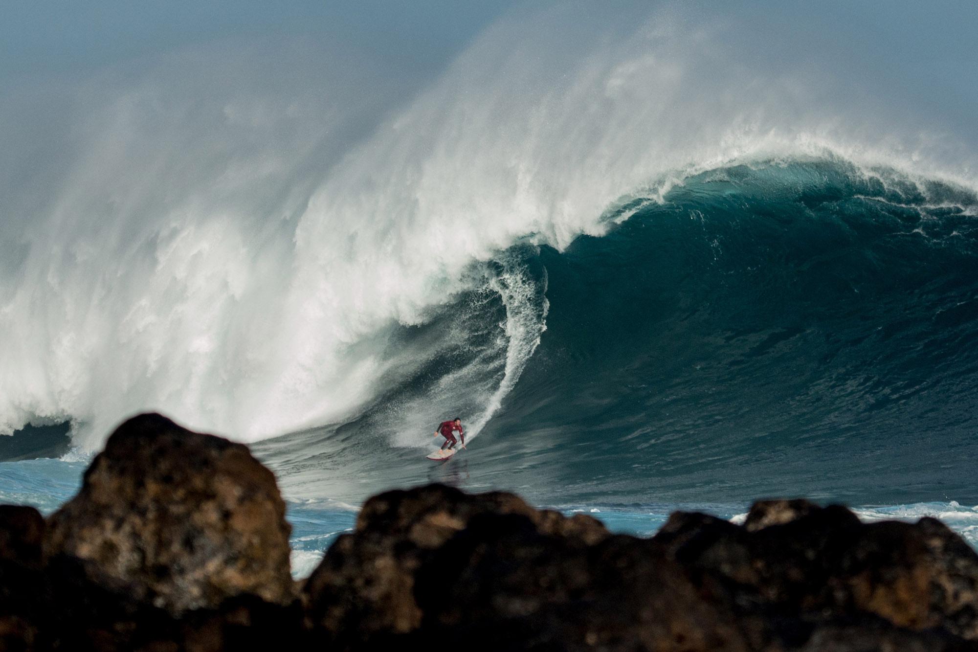 Surf gigante en Tenerife Norte