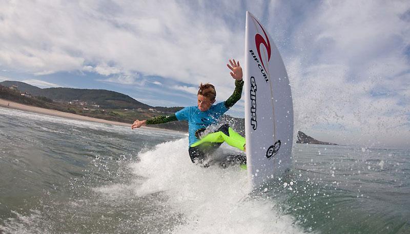 Sean Gunning surf Los Locos