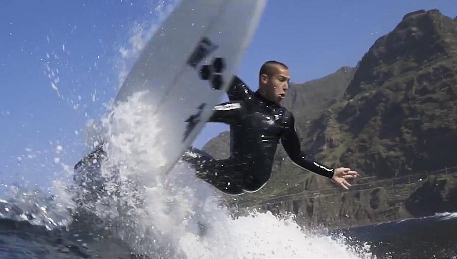 yael-peña-surf-tenerife