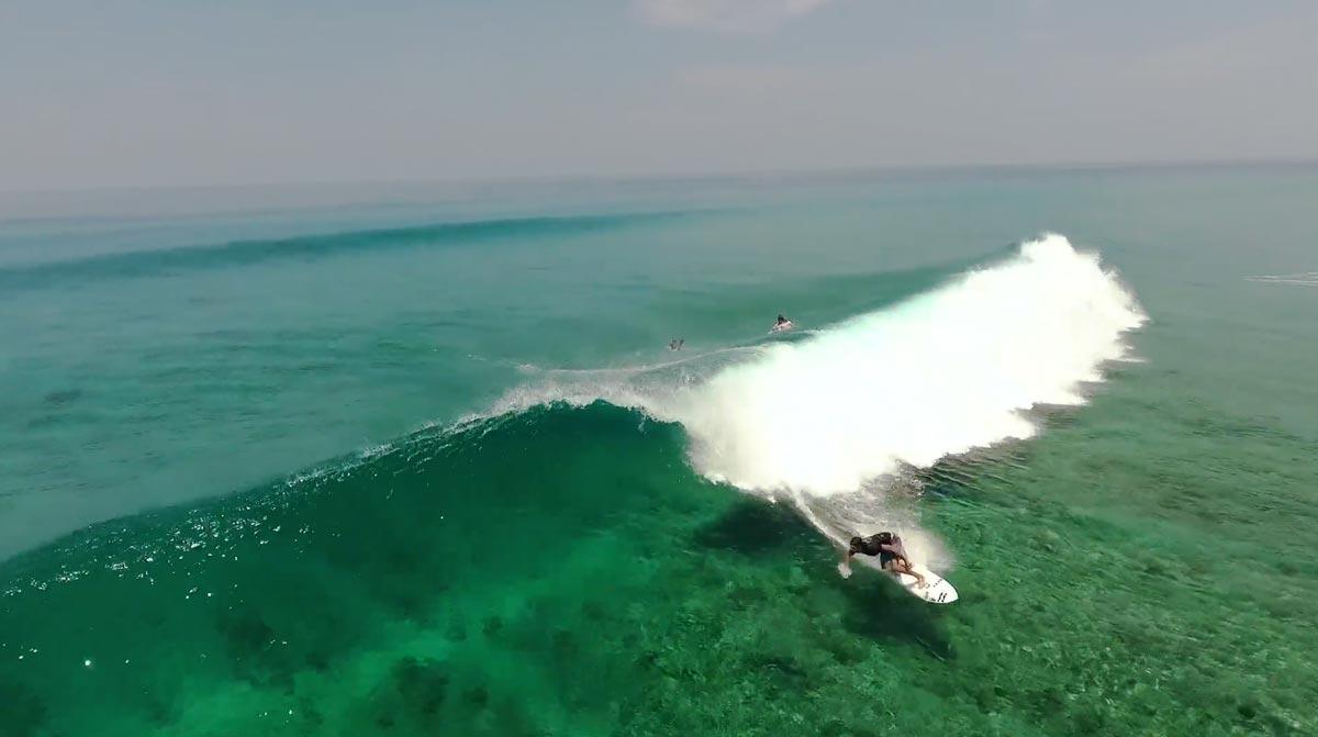 maldivas-surf-mar-gruesa