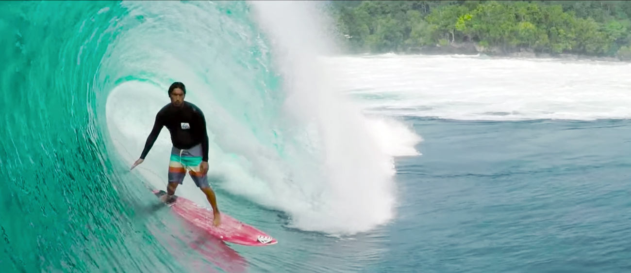 mikala-jones-papua-surf