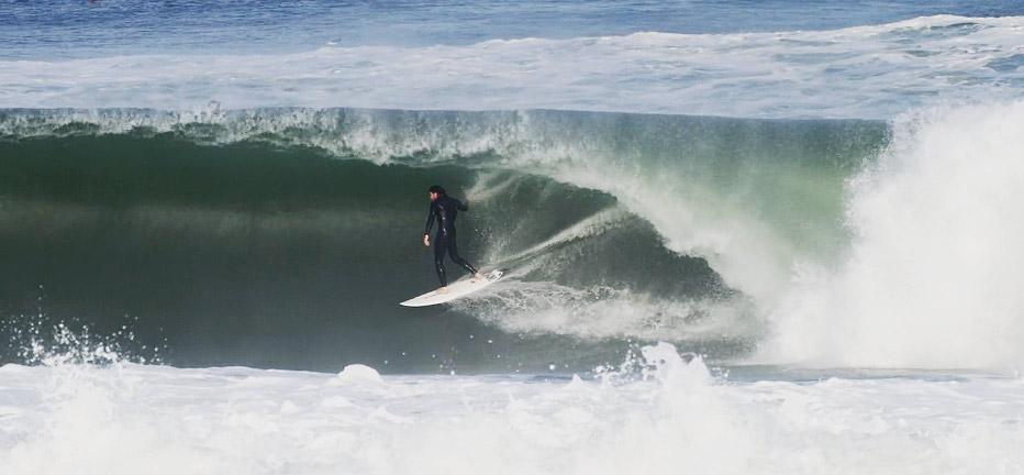 ander-ugarte-surf-hossegor