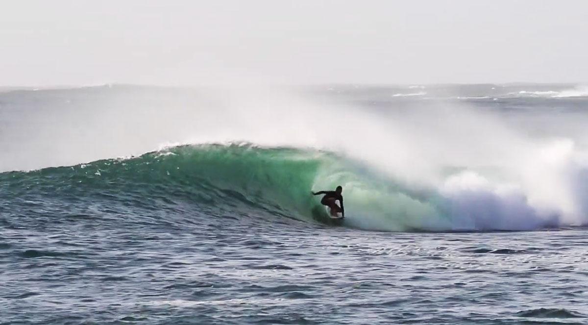leon-agurruza-surf