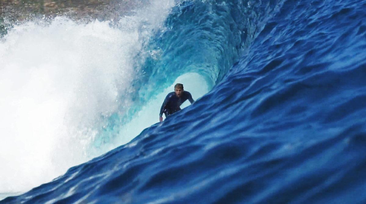 miguel-tudela-surf-indonesia