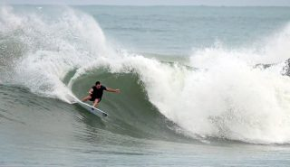 taylor-knox-surf-mexico-salina-cruz