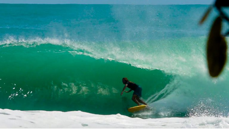 bluff-bocas-del-toro-surf