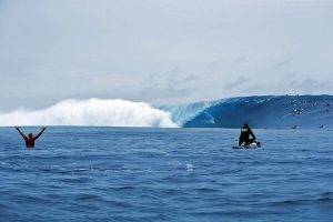 margruesa.com:cloudbreak-fiji-surf-gigante-ramon-navarro