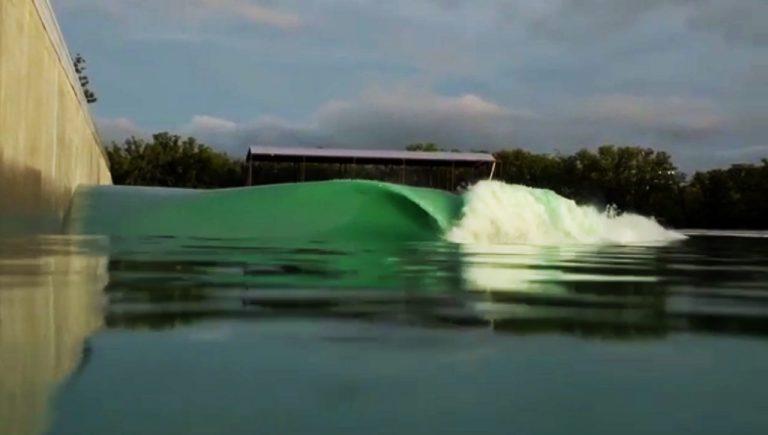 surf-wavepool-texas