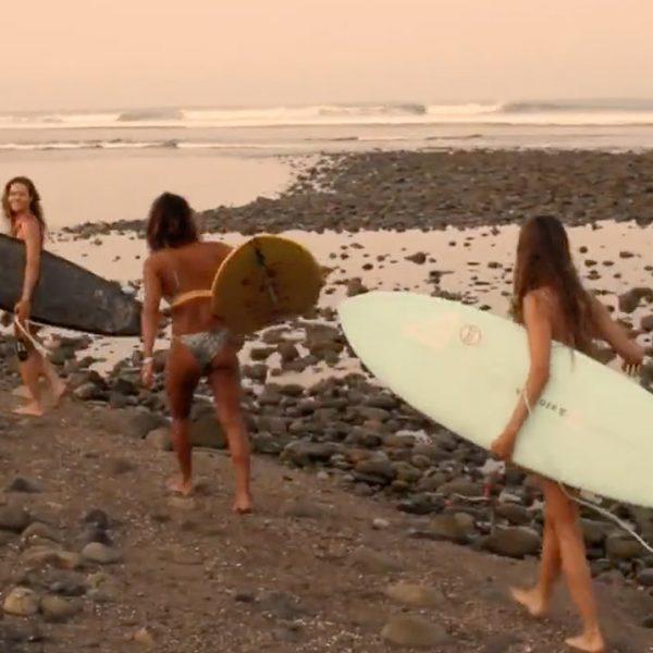 3-amigos-mexico-surf