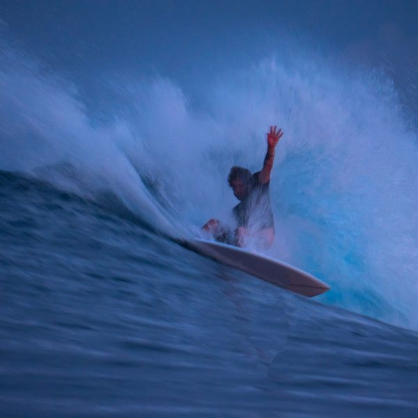 Surf Menawai