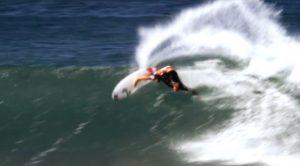 Peter Mendia surf