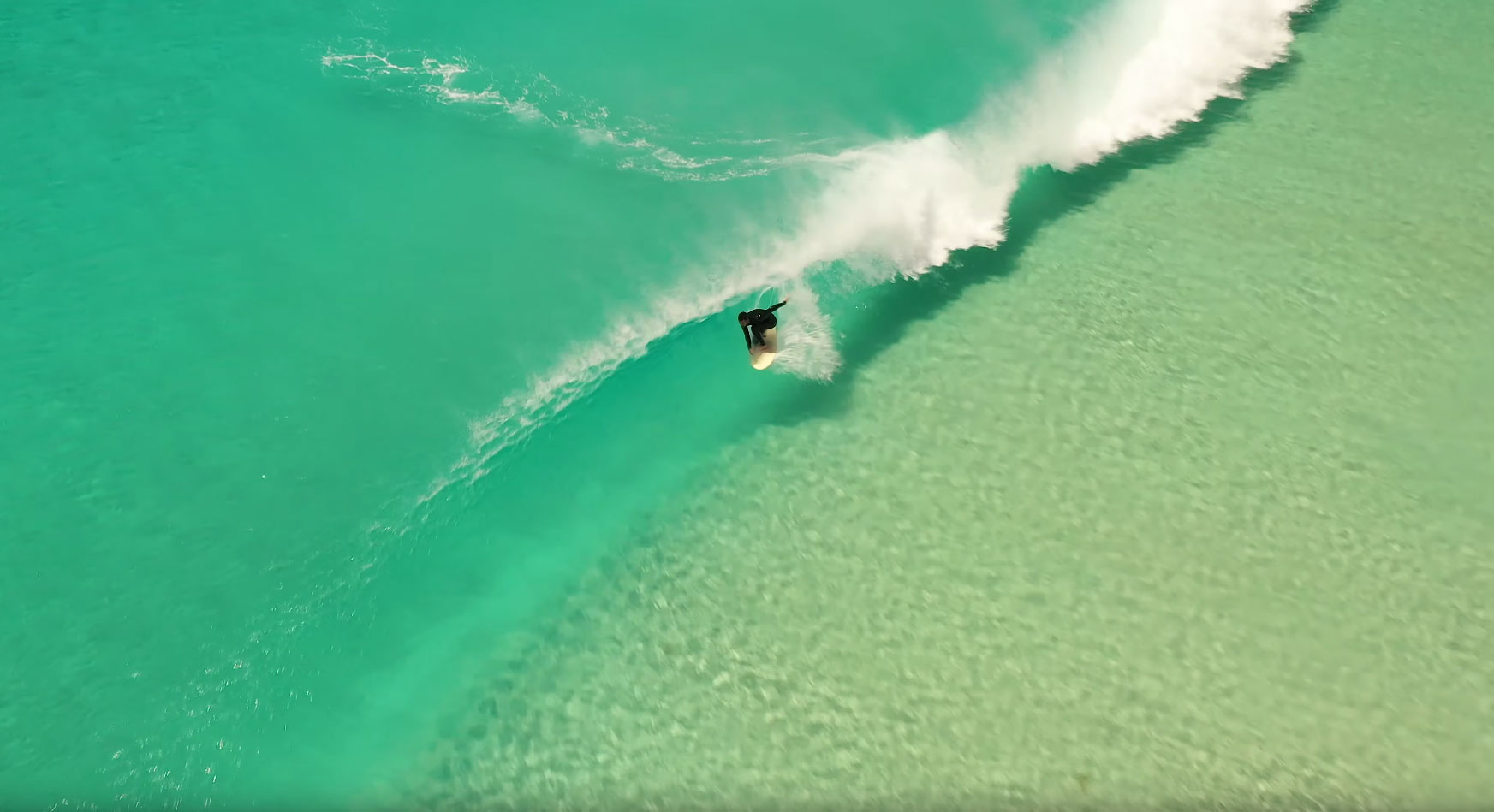 agua-transparente-surf