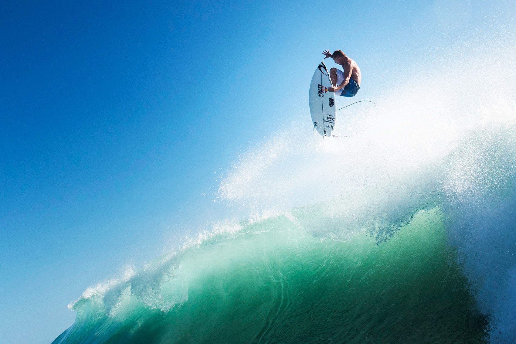mick-fanning-corey-wilson-red-bull-content-pool
