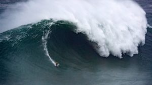 nazare tow in 2020