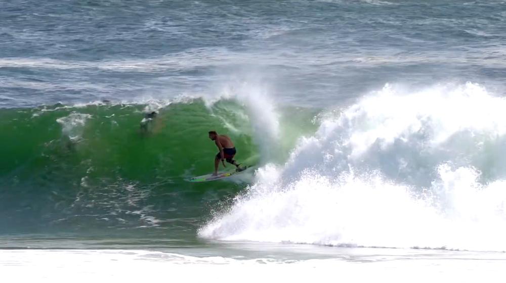 mick fanning en casa surf margruesa 2020